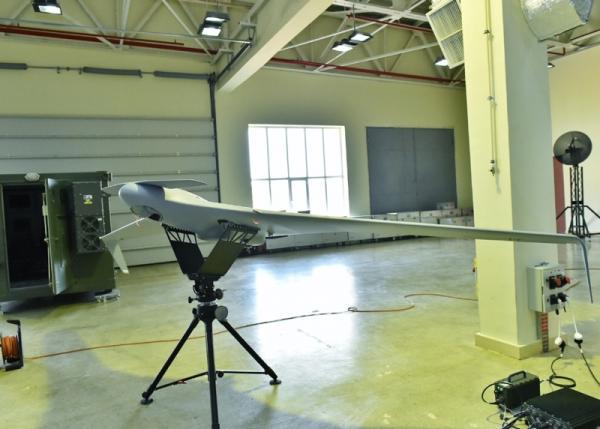 """""""Zərbə"""" pilotsuz uçuş aparatı"""