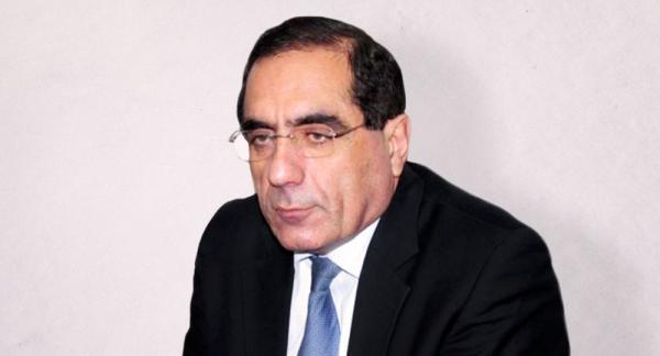 Qabil Hüseynli - politoloq