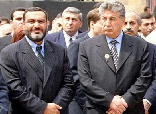 Ermənistanda parlament qətliamının qurbanları - baş nazir Viqen Sarkisyan və spiker Karen Demirçyan